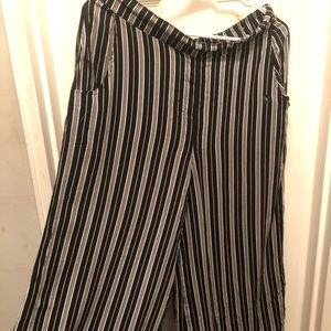 Striped Gaucho Pants with Pockets - NEW w/o tags